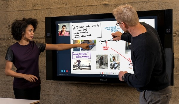 Win10 Surface Hub 600